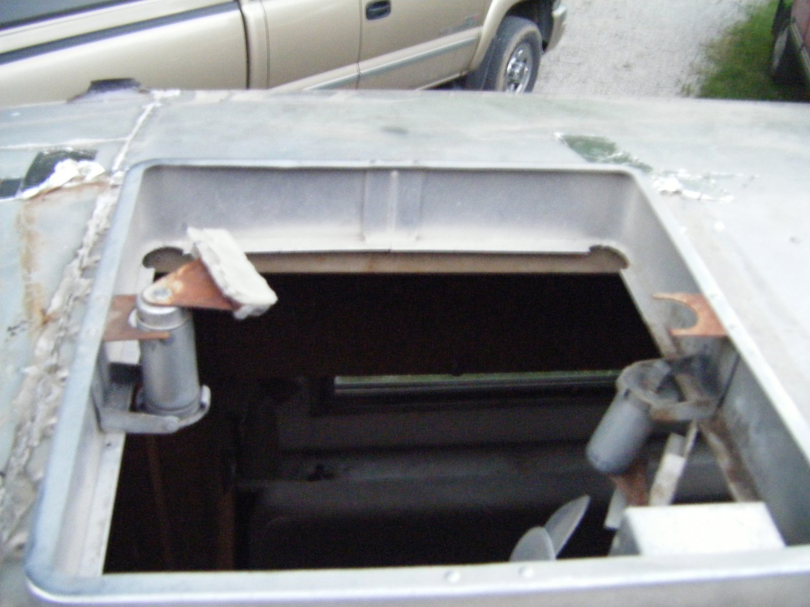 Click image for larger version  Name:Rear Vent Opening.jpg Views:97 Size:227.8 KB ID:83117