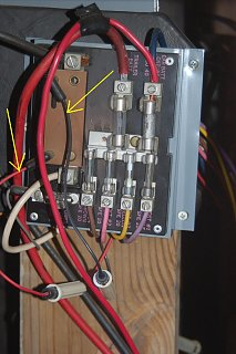 Click image for larger version  Name:Fuse Block.JPG Views:127 Size:189.8 KB ID:83201