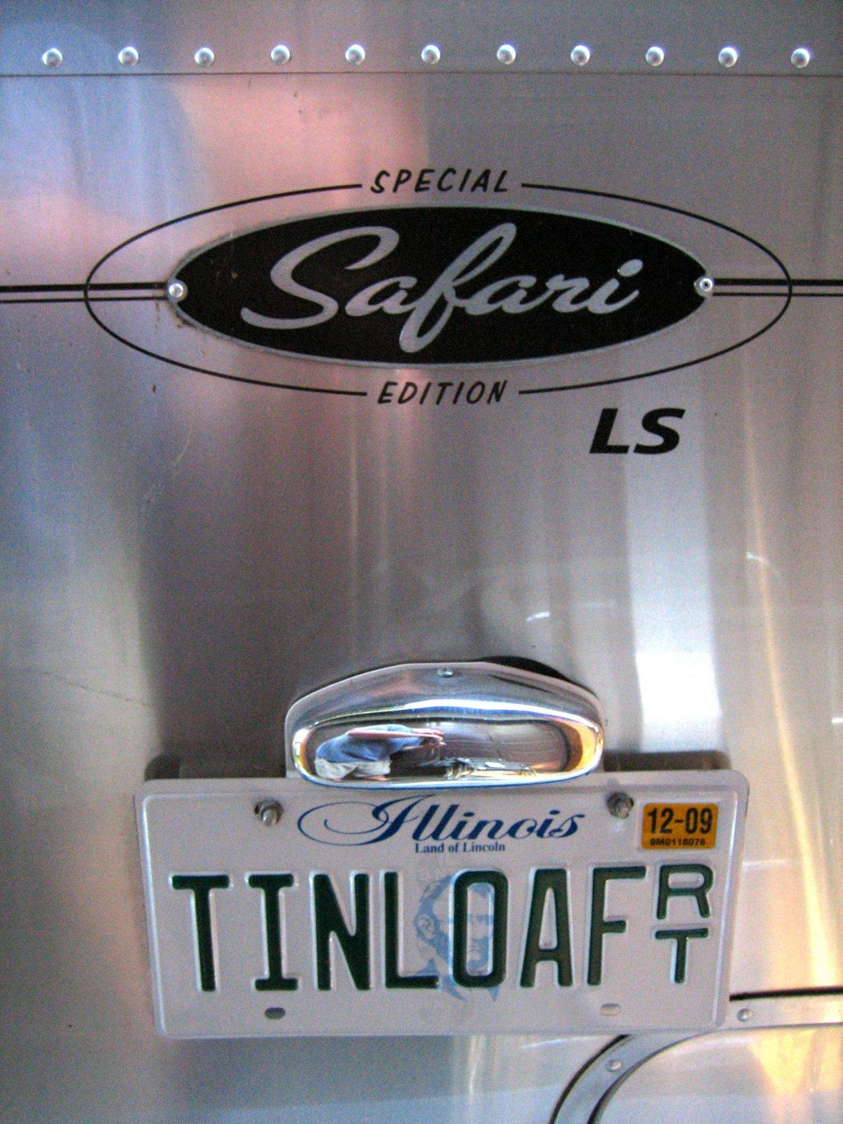 Click image for larger version  Name:tinloaf.jpg Views:133 Size:333.7 KB ID:83605