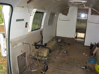 Click image for larger version  Name:airstream rm1 011.jpg Views:82 Size:311.4 KB ID:83645