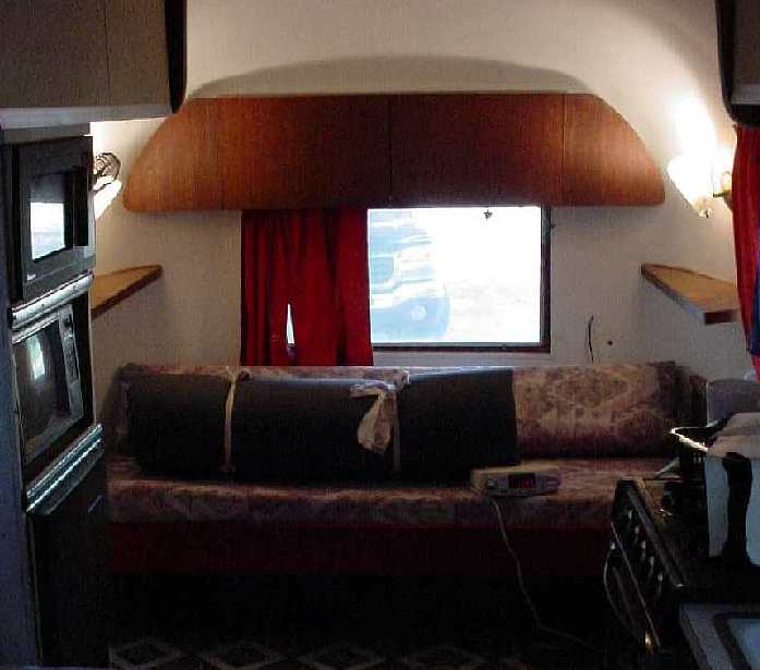 Click image for larger version  Name:airstream_globetrotter_014.jpg Views:73 Size:31.0 KB ID:84858