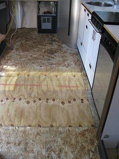 Click image for larger version  Name:Floor Renovation_0907 014.jpg Views:113 Size:299.5 KB ID:84951