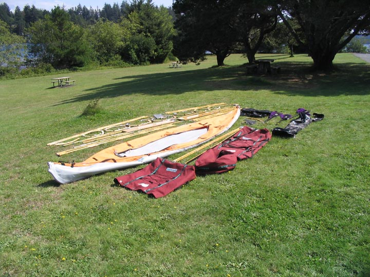Click image for larger version  Name:kayak-laidout.JPG Views:104 Size:121.3 KB ID:85400