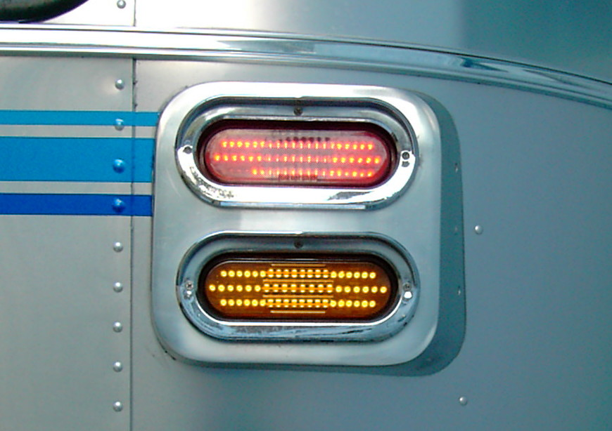 Click image for larger version  Name:tail lights.jpg Views:92 Size:122.1 KB ID:85605