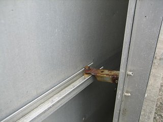 Click image for larger version  Name:Inner Door Latched Close Up.JPG Views:189 Size:50.4 KB ID:85993