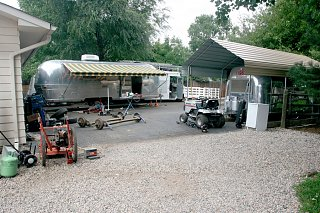 Click image for larger version  Name:IMG_9977 front lot-s.jpg Views:164 Size:232.0 KB ID:86173