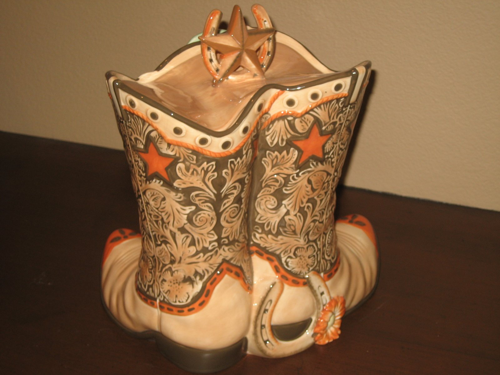 Click image for larger version  Name:Country Boot Cookie Jar 007.jpg Views:64 Size:213.7 KB ID:86258