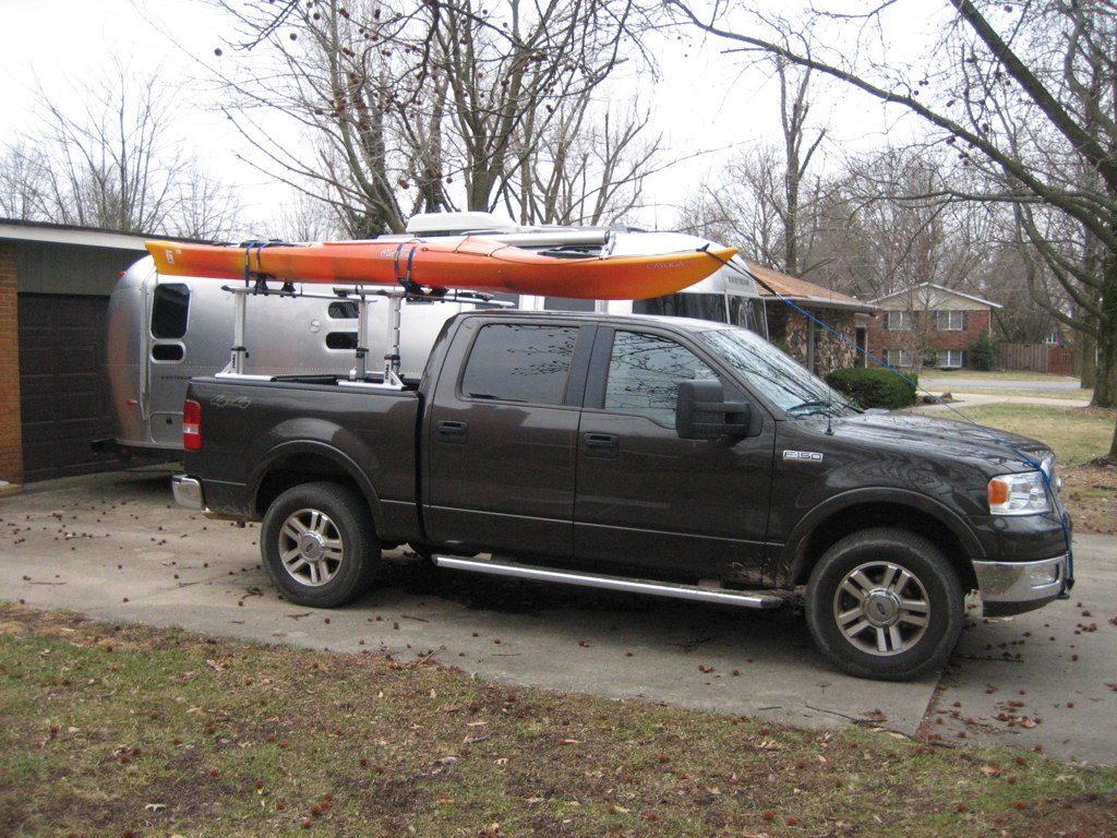 Click image for larger version  Name:thule bars 3.jpg Views:118 Size:232.0 KB ID:86515