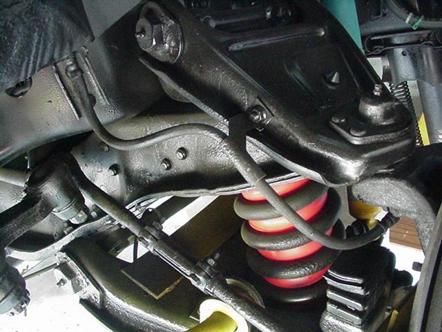 Click image for larger version  Name:Driver Side Front Old Brake Line.JPG Views:110 Size:64.8 KB ID:8715