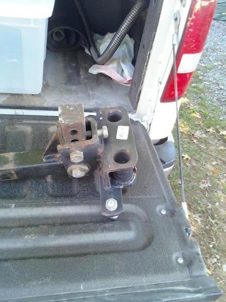 Click image for larger version  Name:EZ Lift Hitch Access Holes.jpg Views:83 Size:48.8 KB ID:87362