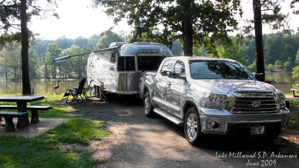 Click image for larger version  Name:Bubba and Belle in Chrome1s.jpg Views:95 Size:203.3 KB ID:87568