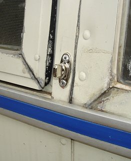 Click image for larger version  Name:Mini Window Covers 001.jpg Views:312 Size:131.8 KB ID:87587