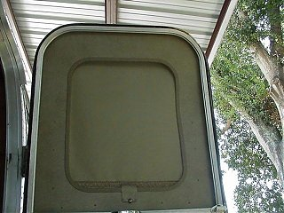 Click image for larger version  Name:Upper Screen Door.JPG Views:216 Size:53.3 KB ID:8765