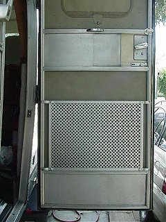 Click image for larger version  Name:Lower Screen Door.JPG Views:536 Size:56.0 KB ID:8771