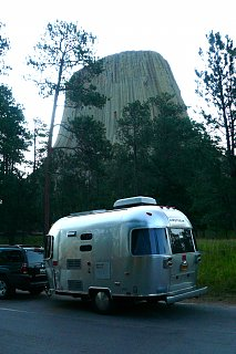 Click image for larger version  Name:Close Encounters of the Airstream Kind.jpg Views:87 Size:310.6 KB ID:88183