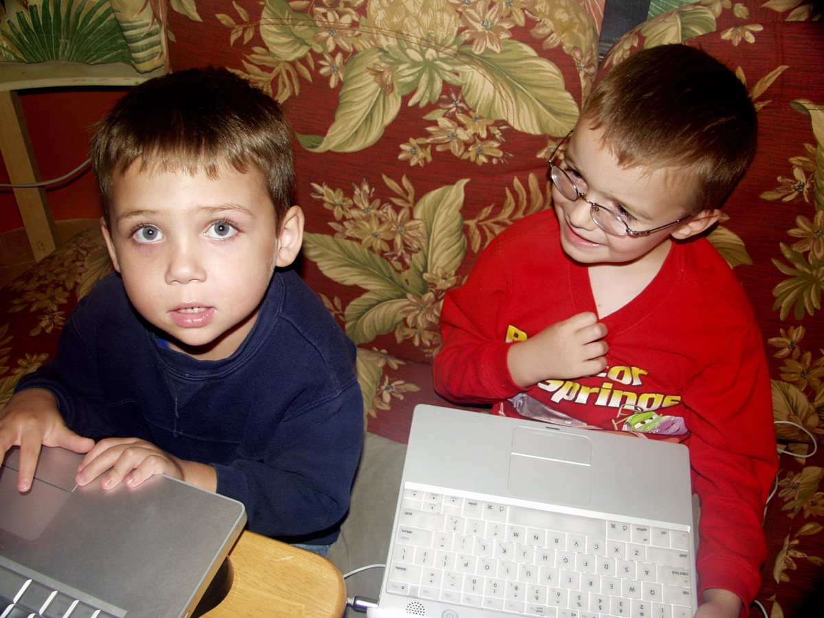 Click image for larger version  Name:Harrison and Collin new trix.JPG Views:68 Size:505.1 KB ID:88744