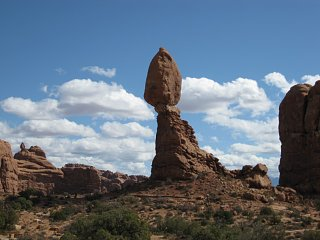 Click image for larger version  Name:Arches N.P 044 [Desktop Resolution].JPG Views:128 Size:151.9 KB ID:88909