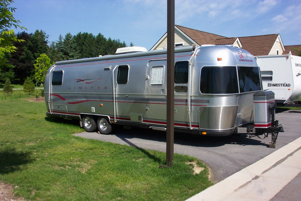 Click image for larger version  Name:Airstream1.jpg Views:104 Size:189.3 KB ID:88996
