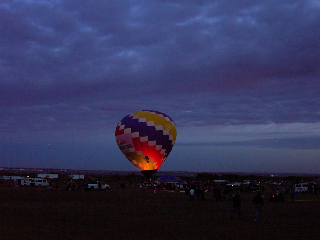 Click image for larger version  Name:2009BalloonFiesta-4 002.JPG Views:54 Size:169.4 KB ID:89078