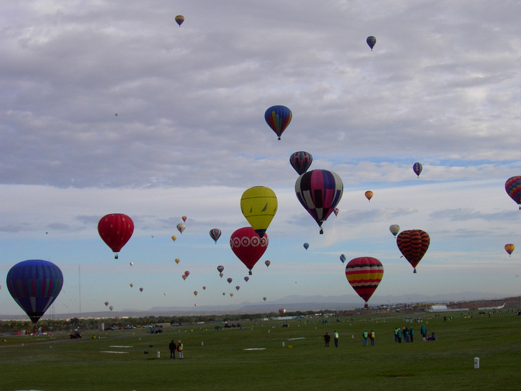 Click image for larger version  Name:2009BalloonFiesta-4 115.JPG Views:57 Size:160.6 KB ID:89081