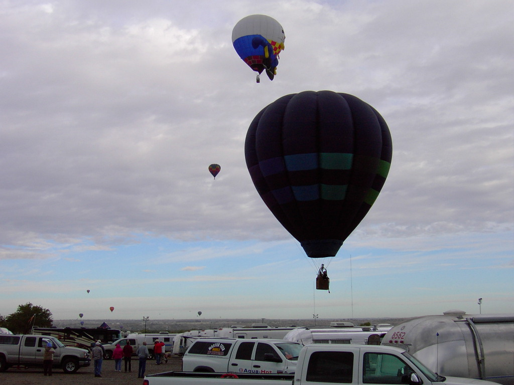 Click image for larger version  Name:2009BalloonFiesta-4 182.JPG Views:54 Size:147.9 KB ID:89082