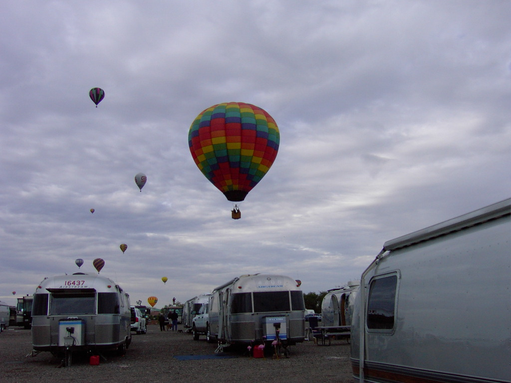 Click image for larger version  Name:2009BalloonFiesta-4 189.JPG Views:58 Size:153.3 KB ID:89083