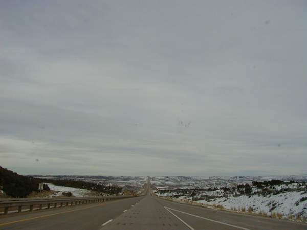 Click image for larger version  Name:wyoming 80 west.jpg Views:212 Size:15.4 KB ID:893