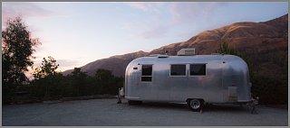 Click image for larger version  Name:Airstream-Safari-1965.jpg Views:98 Size:140.9 KB ID:89304