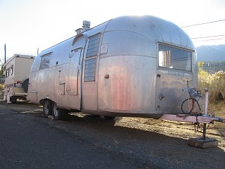 Click image for larger version  Name:airstreamfrontside.jpg Views:103 Size:255.4 KB ID:89821