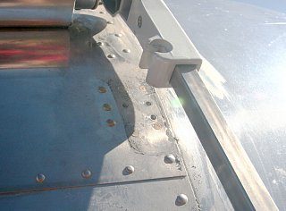 Click image for larger version  Name:IMG_0340 flush rivets-s.jpg Views:430 Size:109.8 KB ID:90295