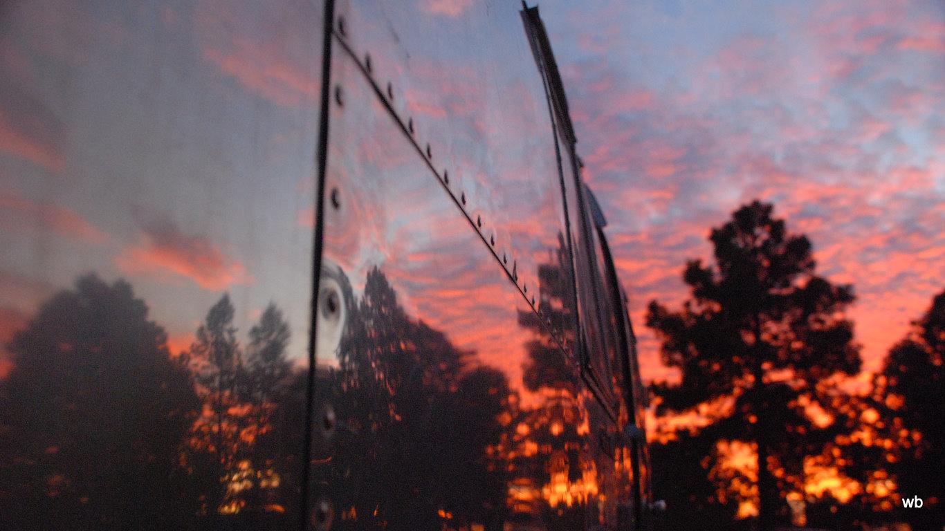 Click image for larger version  Name:Arizona Sunset-1.jpg Views:105 Size:196.3 KB ID:90476
