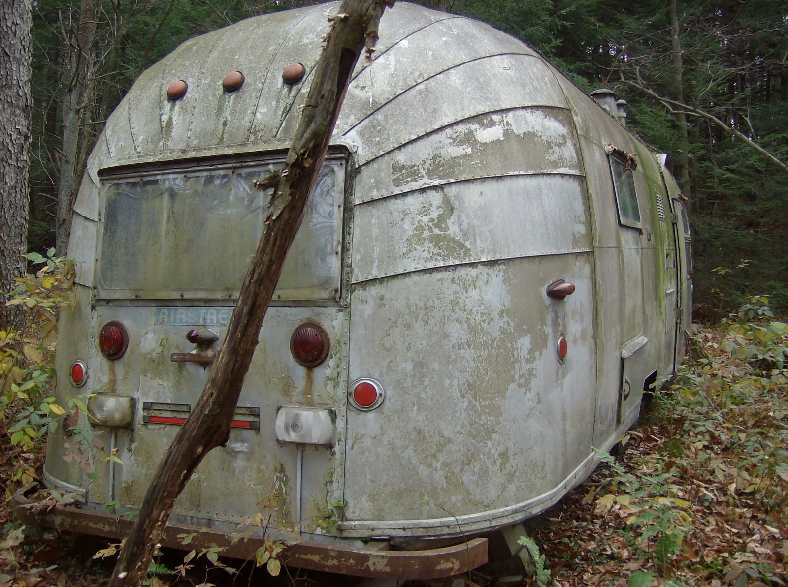 Click image for larger version  Name:airstream 003.jpg Views:97 Size:452.2 KB ID:90608