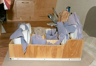 Click image for larger version  Name:34 dish drawer-s.jpg Views:178 Size:84.9 KB ID:90839