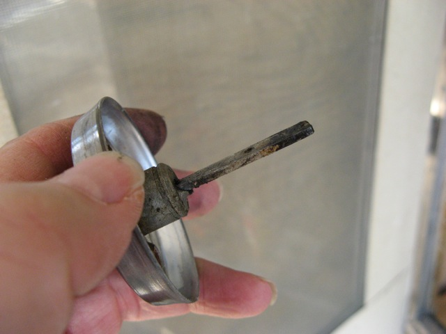 Click image for larger version  Name:Lock Repair - 10.jpg Views:84 Size:56.0 KB ID:91670