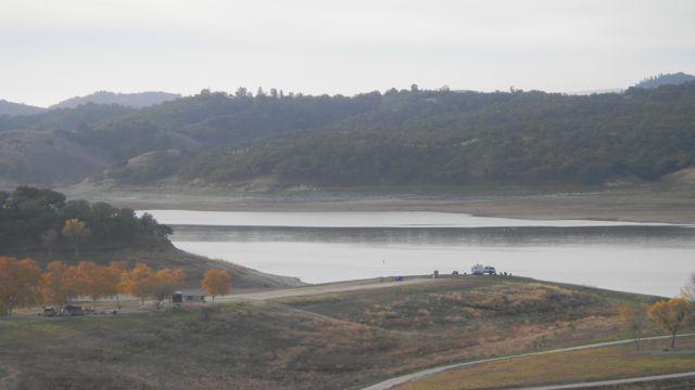 Click image for larger version  Name:Lake SA 1.jpg Views:71 Size:28.4 KB ID:91950