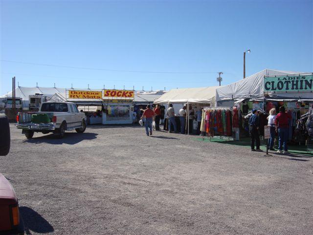 Click image for larger version  Name:hq 6 flee market vendors.jpg Views:65 Size:64.6 KB ID:92231