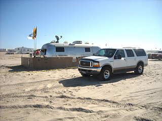 Click image for larger version  Name:11.09 Pismo Beach [Desktop Resolution].JPG Views:147 Size:184.4 KB ID:92414
