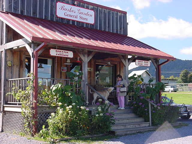 Click image for larger version  Name:General Store @ Bert'sGardenWV 03.jpg Views:86 Size:58.7 KB ID:9259