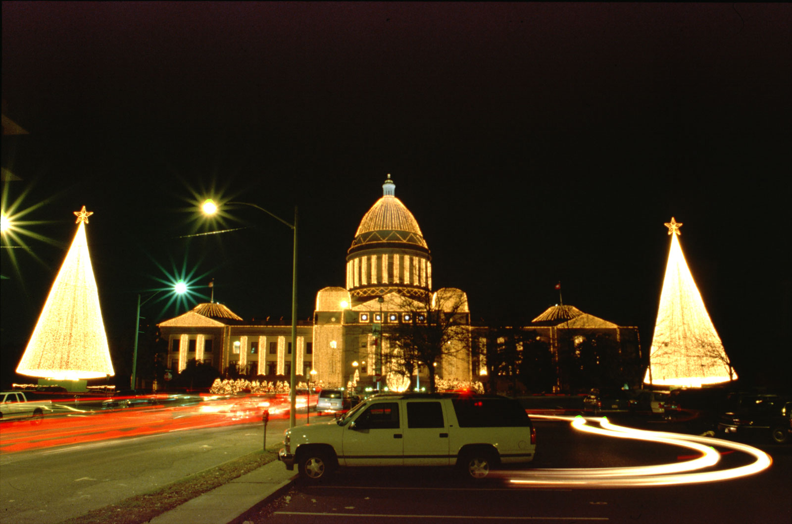Click image for larger version  Name:Capitol-1600.jpg Views:62 Size:220.0 KB ID:92964