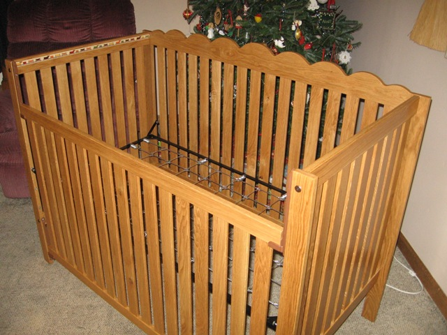 Click image for larger version  Name:Dustin's Crib 02.JPG Views:81 Size:124.1 KB ID:93545