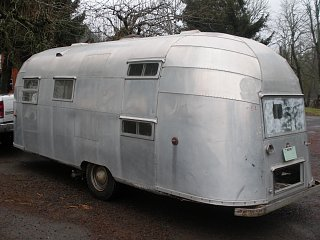 Click image for larger version  Name:Airstream trailers & misc. 011.jpg Views:188 Size:283.6 KB ID:93899