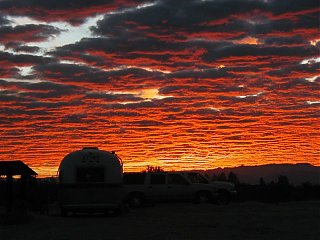 Click image for larger version  Name:sunset1.jpg Views:139 Size:58.4 KB ID:9390