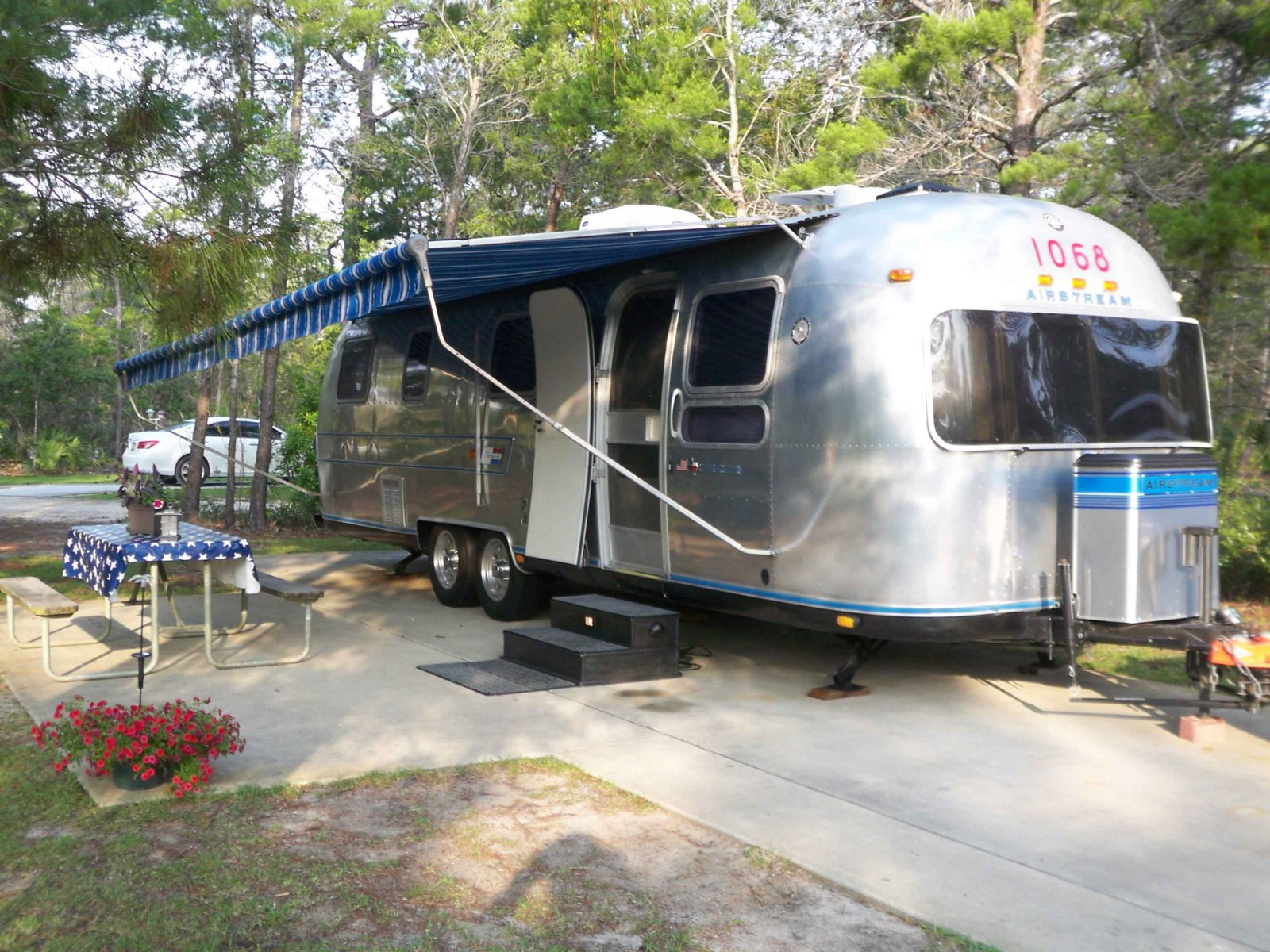 Click image for larger version  Name:Airstream.jpg Views:80 Size:401.0 KB ID:93929