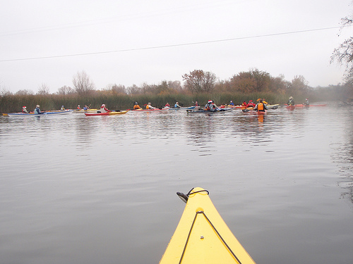 Click image for larger version  Name:christmas paddle Dec 09.jpg Views:88 Size:80.0 KB ID:94051