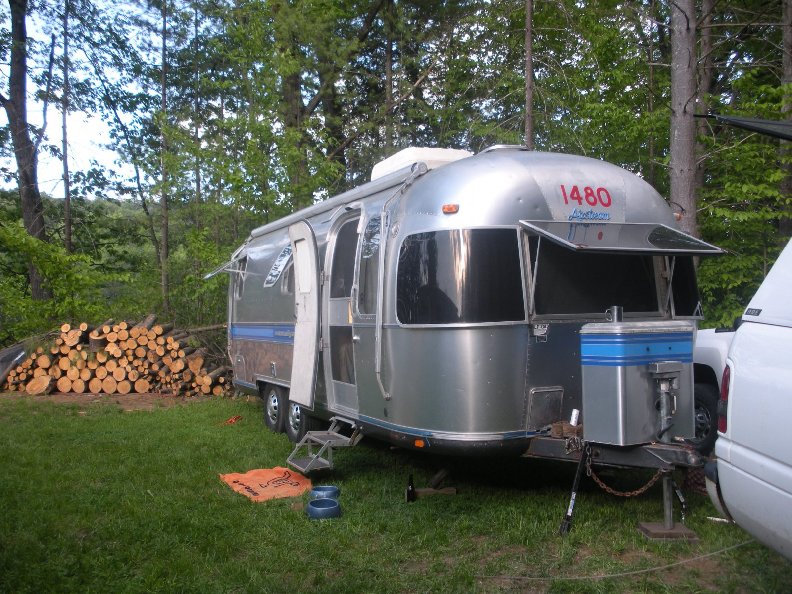 Click image for larger version  Name:campingmemday 002.jpg Views:56 Size:458.0 KB ID:94449