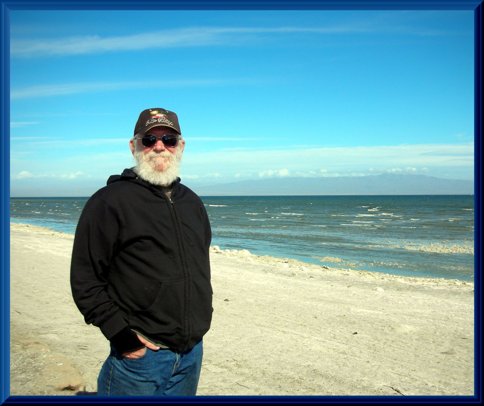 Click image for larger version  Name:Don at Salton Sea.jpg Views:73 Size:305.0 KB ID:94493