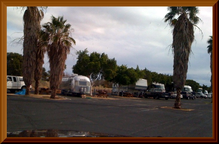 Click image for larger version  Name:Salton Sea State Park Campground full hookup.jpg Views:69 Size:86.1 KB ID:94576