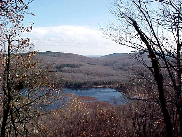 Click image for larger version  Name:NorthPond FromBryantMt.jpg Views:81 Size:101.1 KB ID:94720