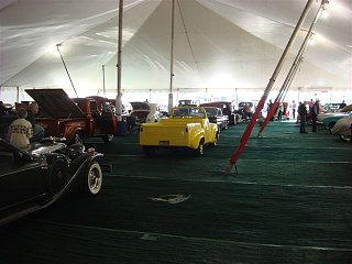 Click image for larger version  Name:car show q 4.jpg Views:100 Size:55.0 KB ID:95057