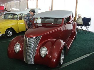 Click image for larger version  Name:car show q5.jpg Views:110 Size:63.6 KB ID:95058